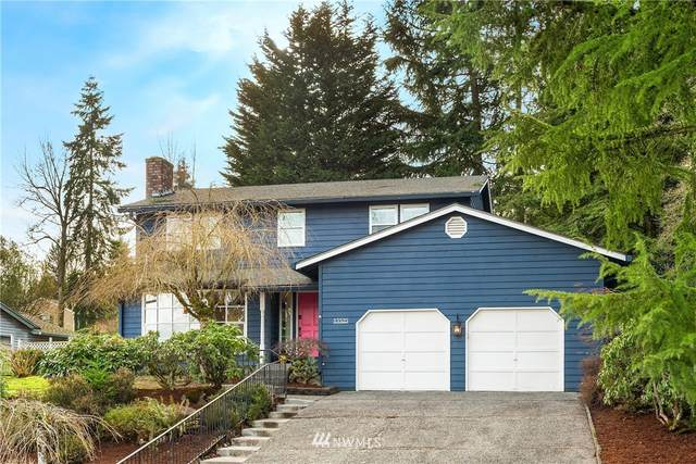 15525 SE 44th Place, Bellevue, WA 98006 (#1717215) :: Ben Kinney Real Estate Team