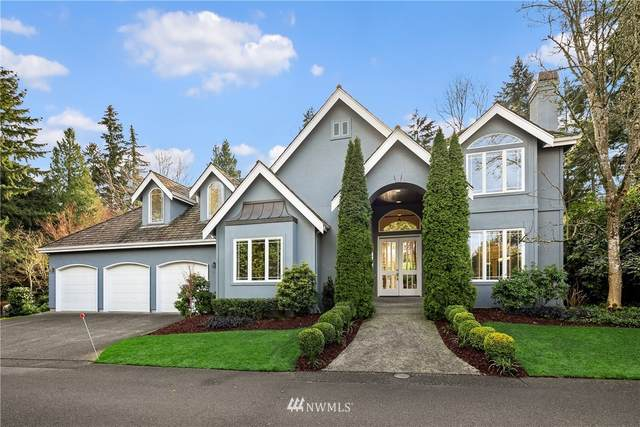 2214 108th Avenue SE, Bellevue, WA 98004 (#1717249) :: Alchemy Real Estate