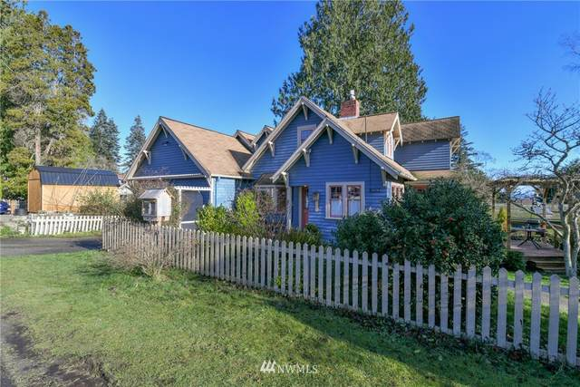 18684 Harris Avenue NE, Suquamish, WA 98392 (#1717296) :: Mike & Sandi Nelson Real Estate