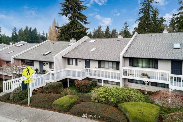 2714 SW 327th Street, Federal Way, WA 98023 (#1717379) :: The Snow Group