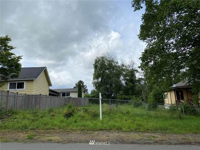 6421 33rd Avenue S, Seattle, WA 98118 (#1717399) :: Ben Kinney Real Estate Team