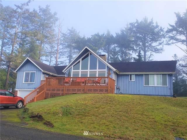 31406 J Place, Ocean Park, WA 98640 (MLS #1717409) :: Community Real Estate Group