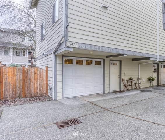1147 N 91st Street B, Seattle, WA 98103 (#1717426) :: McAuley Homes