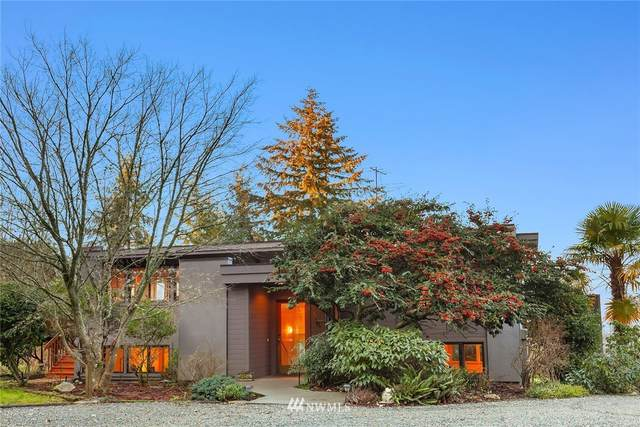 6115 Sw Luana Beach Road, Vashon, WA 98070 (MLS #1717441) :: Community Real Estate Group