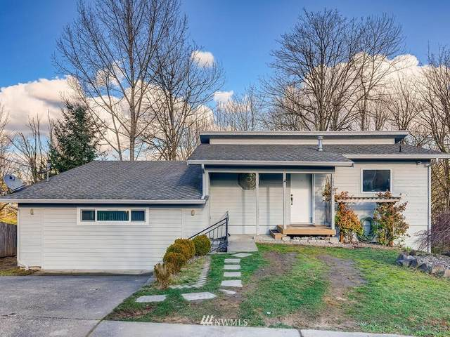 15704 121st Avenue SE, Renton, WA 98058 (MLS #1717707) :: Brantley Christianson Real Estate