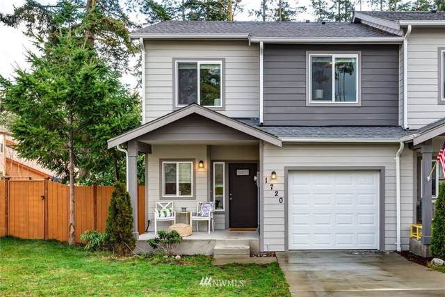 1720 SW Cooper Way, Oak Harbor, WA 98277 (MLS #1718139) :: Community Real Estate Group