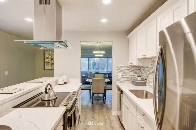 12543 NE 23rd Place D1, Bellevue, WA 98005 (#1718189) :: Ben Kinney Real Estate Team