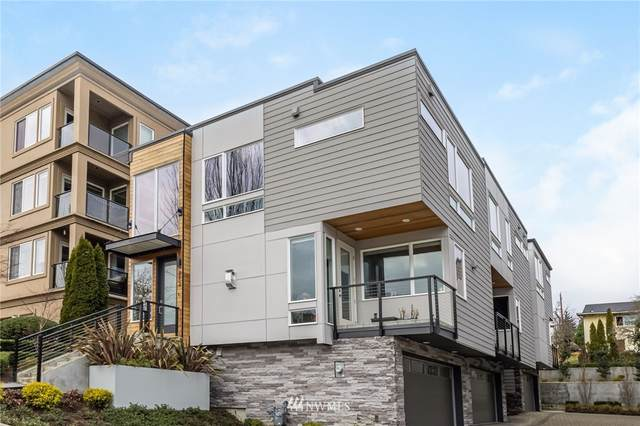 216 4th Avenue #3, Kirkland, WA 98033 (#1718284) :: Ben Kinney Real Estate Team