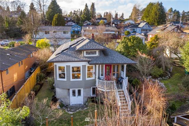3323 Cheasty Boulevard S, Seattle, WA 98144 (MLS #1718422) :: Brantley Christianson Real Estate