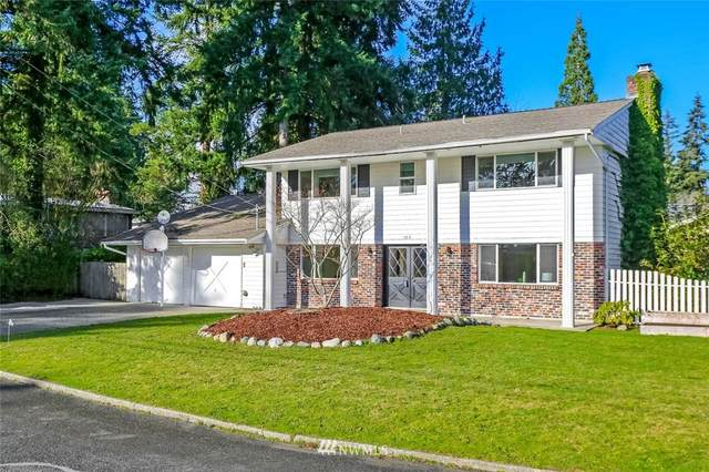 103 155th Avenue NE, Bellevue, WA 98007 (#1718469) :: Ben Kinney Real Estate Team