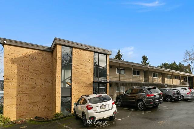 3814 11th Avenue W #31, Seattle, WA 98119 (#1718661) :: Ben Kinney Real Estate Team