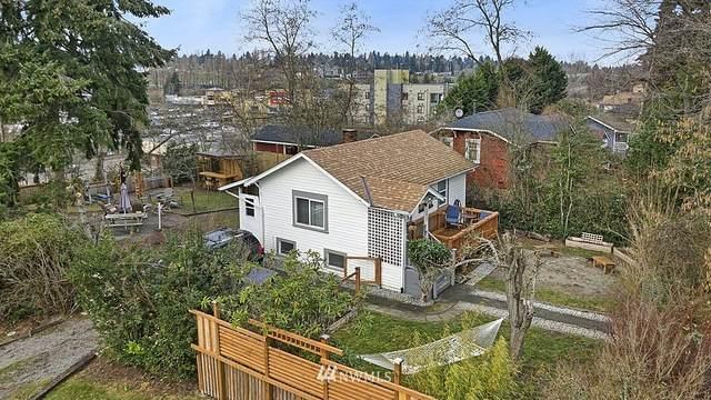 8857 24th Avenue SW, Seattle, WA 98106 (#1718847) :: TRI STAR Team | RE/MAX NW