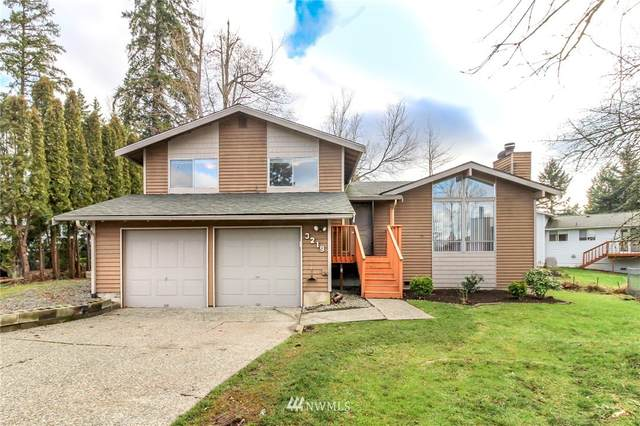 3219 SE 19th Court, Renton, WA 98058 (#1718882) :: Costello Team