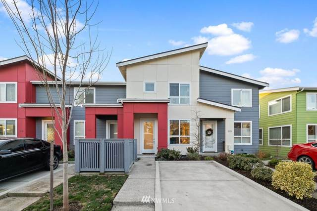 9737 10th Place SW, Seattle, WA 98106 (#1718887) :: Ben Kinney Real Estate Team