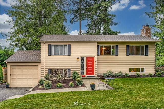 525 94th Avenue NE, Bellevue, WA 98004 (#1719121) :: Better Homes and Gardens Real Estate McKenzie Group