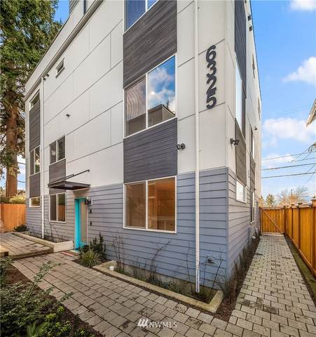 6325 34th Avenue SW A, Seattle, WA 98126 (#1719136) :: Ben Kinney Real Estate Team