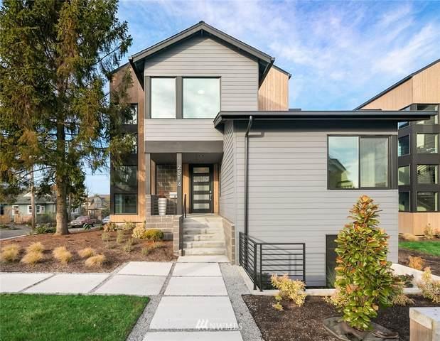 2514 Belvidere Avenue SW, Seattle, WA 98126 (#1719203) :: TRI STAR Team | RE/MAX NW