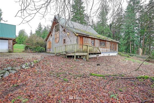 25520 36th Avenue NW, Stanwood, WA 98292 (#1719205) :: Priority One Realty Inc.