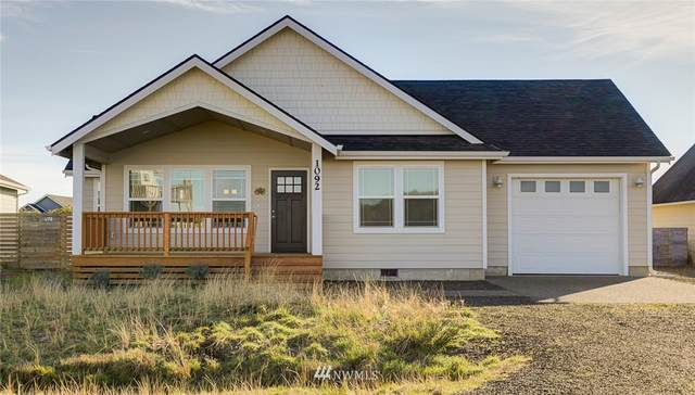 1092 Crestshire Loop SW, Ocean Shores, WA 98569 (#1719495) :: Icon Real Estate Group