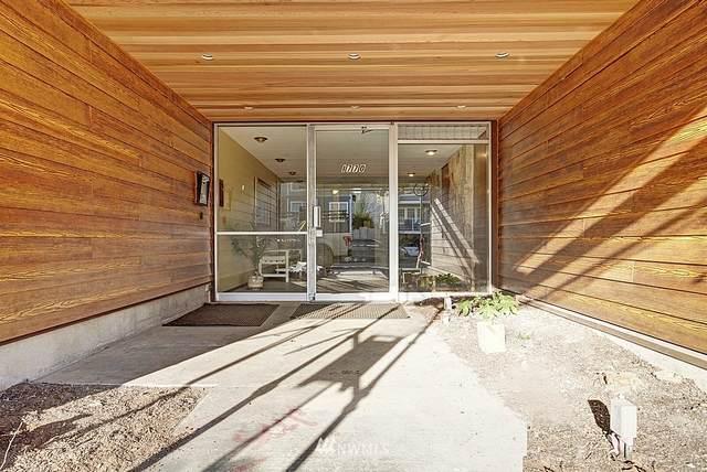 1770 NW 58th Street #325, Seattle, WA 98107 (#1719689) :: Ben Kinney Real Estate Team