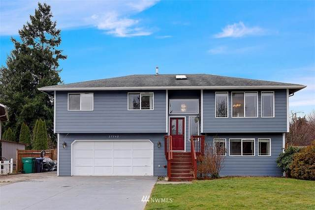 27548 79th Drive NW, Stanwood, WA 98292 (MLS #1719715) :: Community Real Estate Group