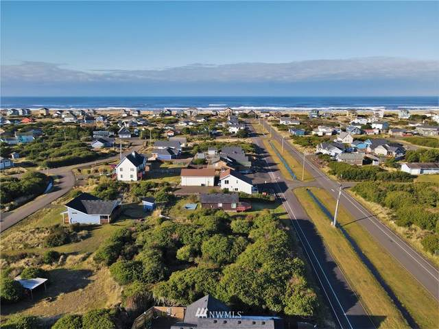 415 Sportsmens Street SW, Ocean Shores, WA 98569 (#1719911) :: NW Home Experts
