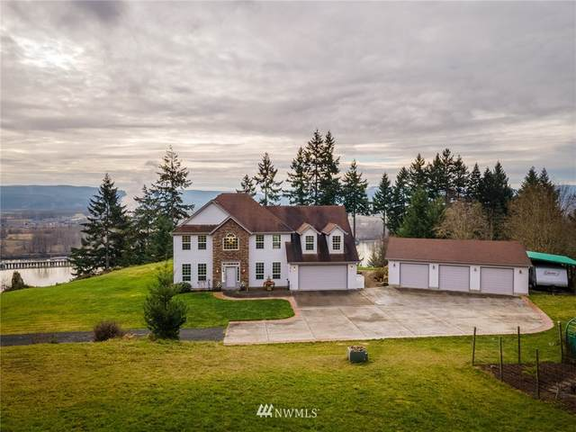 310 Cedar Hills Road, Longview, WA 98632 (#1720003) :: Costello Team