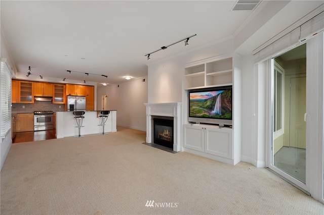 18707 SE Newport Way #310, Issaquah, WA 98027 (#1720191) :: Ben Kinney Real Estate Team