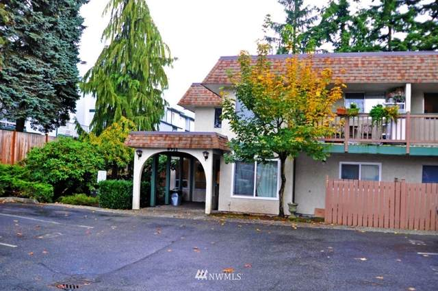 8911 Holly Drive #110, Everett, WA 98208 (#1720240) :: Canterwood Real Estate Team