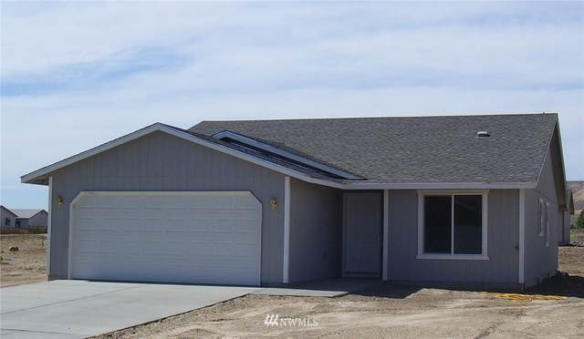 1311 W Javelin Street, Moses Lake, WA 98837 (#1720882) :: NextHome South Sound