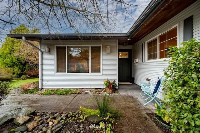 4518 NE 171st Street, Lake Forest Park, WA 98155 (#1720905) :: Alchemy Real Estate