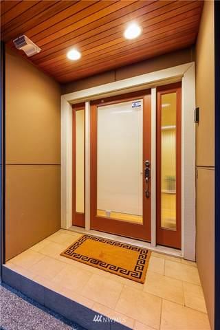 7755 Sand Point Way NE B, Seattle, WA 98115 (#1721038) :: Ben Kinney Real Estate Team