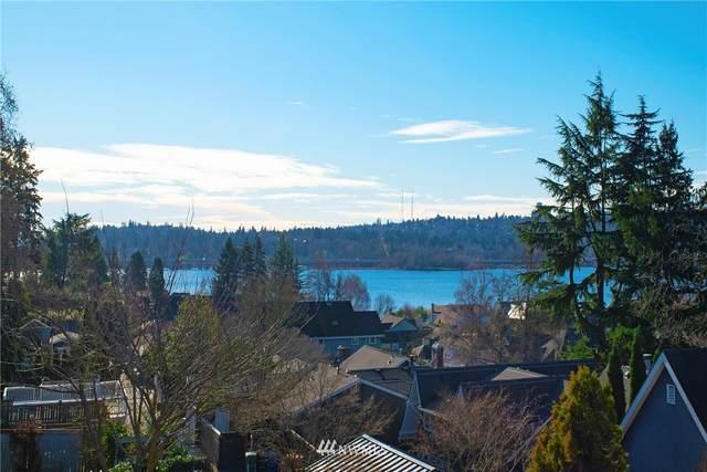 3879 43rd Avenue NE, Seattle, WA 98105 (#1721393) :: Shook Home Group