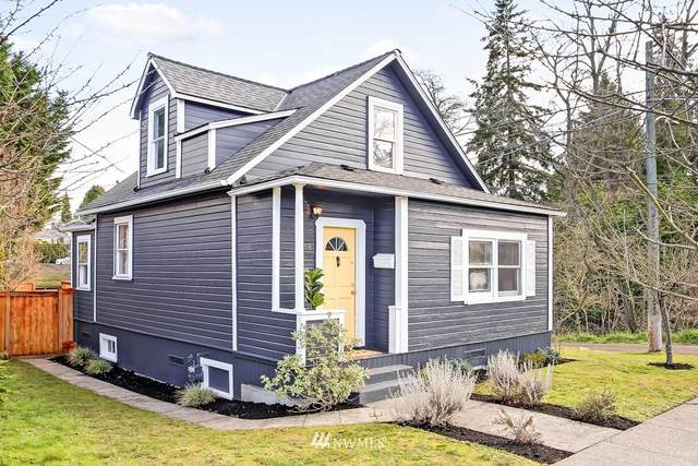 2658 50th Avenue SW, Seattle, WA 98116 (#1721716) :: Shook Home Group