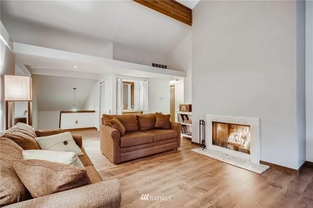 1623 NE 143rd Street K-5, Seattle, WA 98125 (MLS #1721795) :: Brantley Christianson Real Estate
