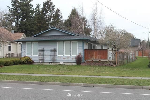 1404 Grover Street, Lynden, WA 98264 (#1721911) :: Costello Team