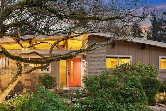 5028 117th Avenue SE, Bellevue, WA 98006 (MLS #1722427) :: Brantley Christianson Real Estate