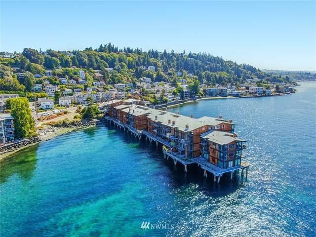 3717 Beach Drive SW #210, Seattle, WA 98116 (#1722700) :: Shook Home Group