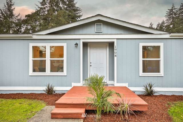 1908 154th Street Ct S, Spanaway, WA 98387 (#1722757) :: Becky Barrick & Associates, Keller Williams Realty