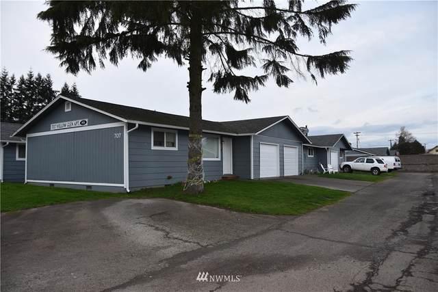 705 Willow Street, Kelso, WA 98626 (MLS #1722907) :: Brantley Christianson Real Estate