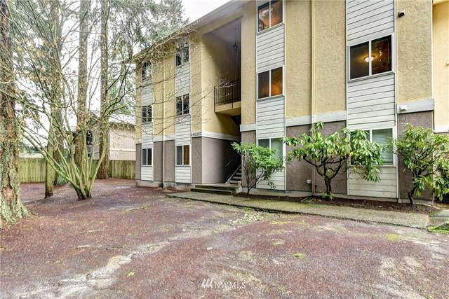 14022 Juanita Drive NE B-2, Kirkland, WA 98034 (#1723204) :: Ben Kinney Real Estate Team
