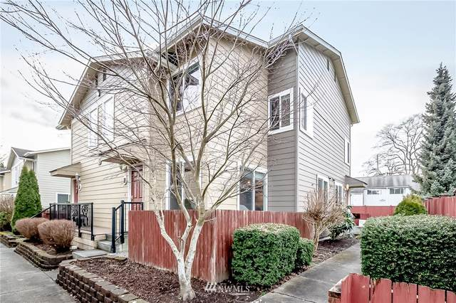 2902 13th St 5B, Everett, WA 98201 (#1723757) :: Costello Team