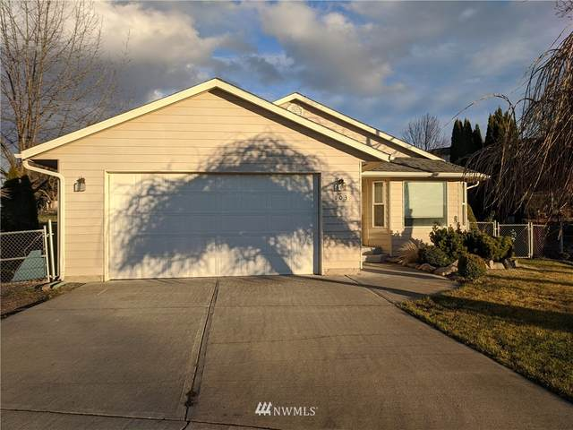 103 SE Maple, College Place, WA 99324 (#1724111) :: Shook Home Group