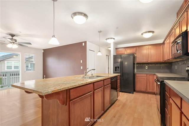 4674 Wade St #201, Bellingham, WA 98226 (#1724124) :: Alchemy Real Estate