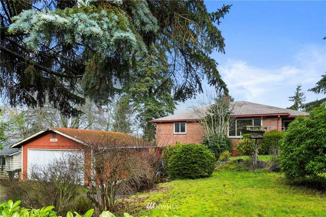 2424 S 138th Street, SeaTac, WA 98168 (MLS #1724279) :: Brantley Christianson Real Estate