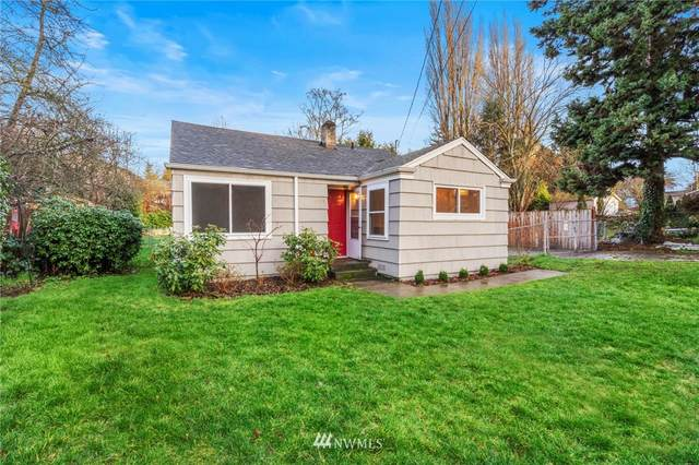10708 26th Avenue SW, Seattle, WA 98146 (#1724507) :: Shook Home Group