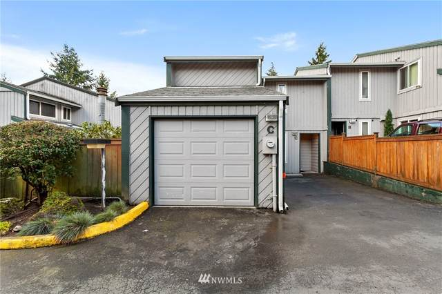 15918 3rd Place SW C, Burien, WA 98166 (MLS #1725241) :: Brantley Christianson Real Estate