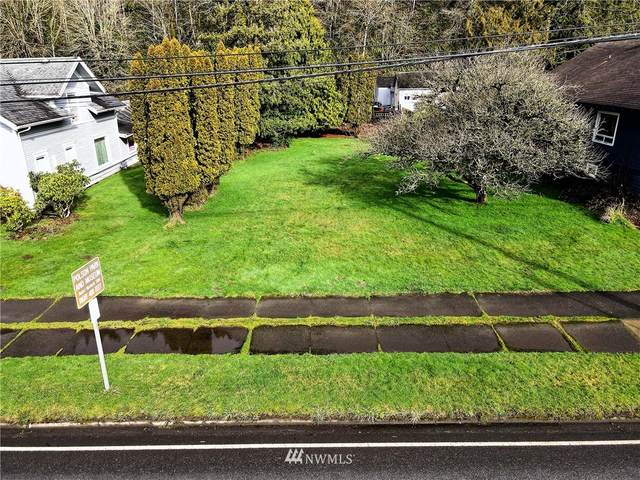 1815 Riverside Avenue, Hoquiam, WA 98550 (#1725713) :: Alchemy Real Estate