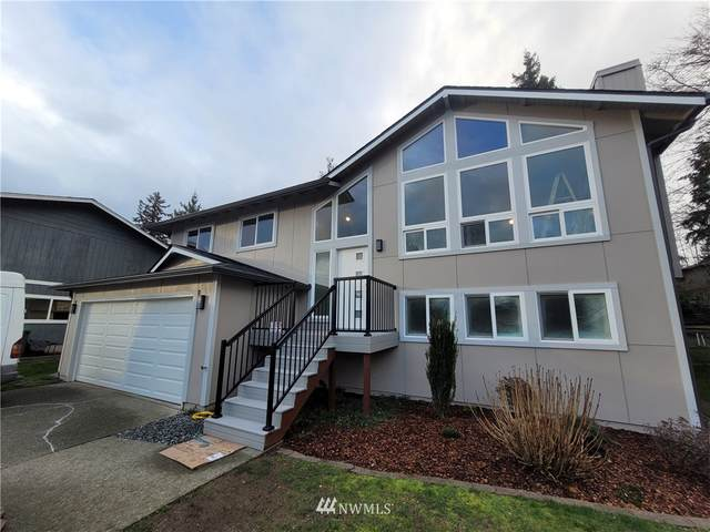 21338 SE 271st Place, Maple Valley, WA 98038 (#1725733) :: Shook Home Group