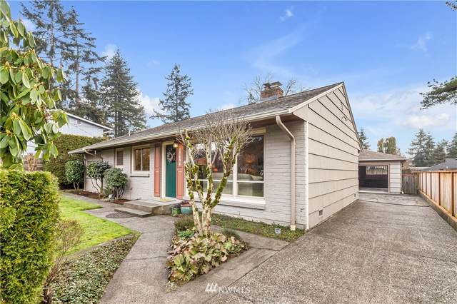 1537 N 122nd Street, Seattle, WA 98133 (#1725766) :: The Original Penny Team